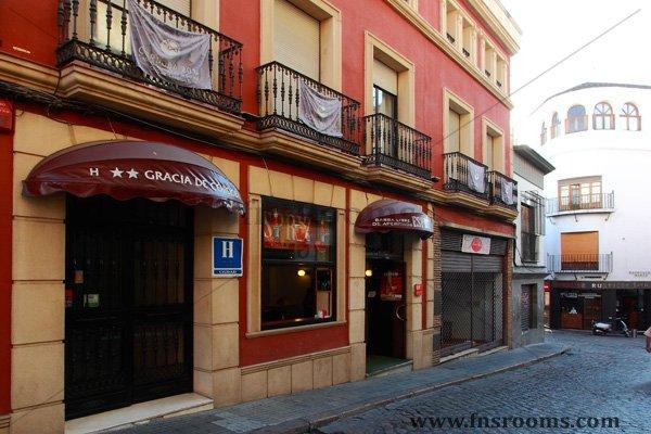 hotel gracia esparteria: